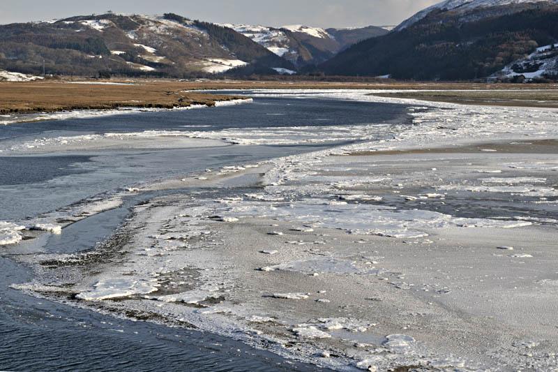 Estuary ice